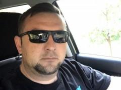 Krisz777 - 42 éves társkereső fotója