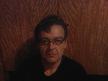Feri75 45 éves társkereső profilképe