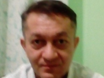 mc hammer 45 éves társkereső profilképe
