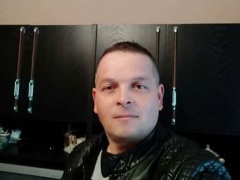 akmi 42 42 éves társkereső profilképe