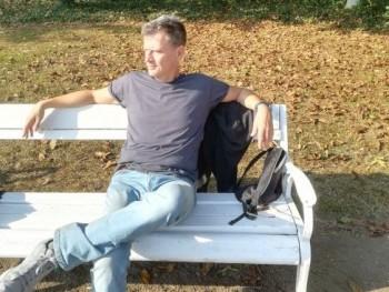 hugone 54 éves társkereső profilképe