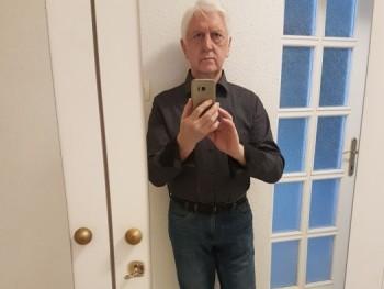 Gesha 74 éves társkereső profilképe