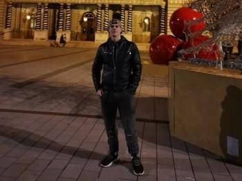 kokolovec Attila 20 éves társkereső profilképe