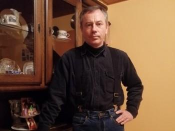 Háti 47 éves társkereső profilképe