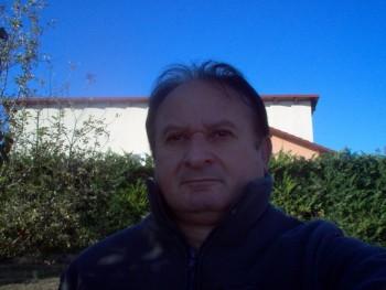 csabesz50 52 éves társkereső profilképe