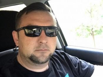 Krisz777 42 éves társkereső profilképe