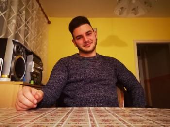Dávidkaaa23 26 éves társkereső profilképe