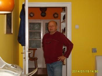 dolor 66 éves társkereső profilképe