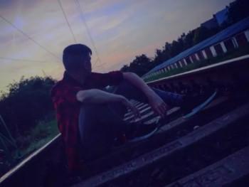 D_Andrew 16 éves társkereső profilképe