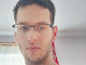 SzBence211 21 éves társkereső profilképe