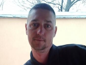 krisz0479 40 éves társkereső profilképe