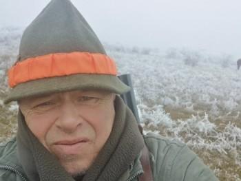 Márciusi 59 éves társkereső profilképe