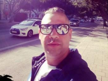 lobroch 33 éves társkereső profilképe
