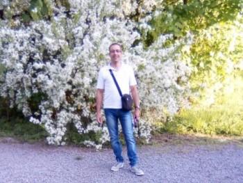 solomon 39 éves társkereső profilképe