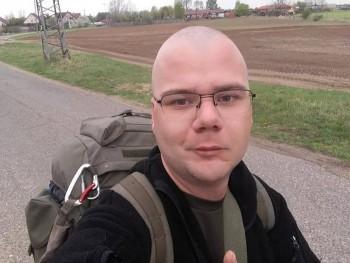 Theo92 28 éves társkereső profilképe