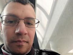 Kávészínesferfi - 31 éves társkereső fotója