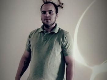 Dávid19901019 30 éves társkereső profilképe