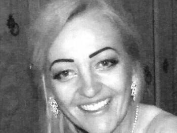 Lora2 48 éves társkereső profilképe