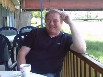 macko444 62 éves társkereső profilképe