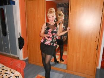 Lilienn 45 éves társkereső profilképe