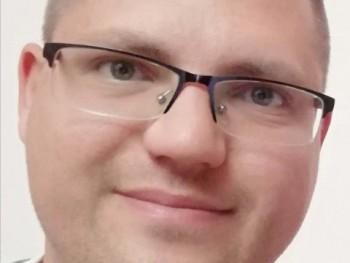 David0717 33 éves társkereső profilképe
