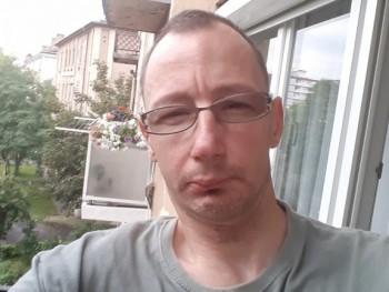 viktor0508 44 éves társkereső profilképe