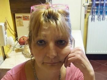 Éva68 53 éves társkereső profilképe