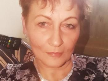 Amika 56 éves társkereső profilképe