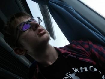 Bálint0314 16 éves társkereső profilképe