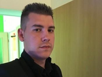 zsolte01 29 éves társkereső profilképe