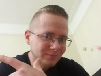 Krisz0719 27 éves társkereső profilképe