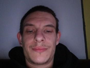 Eddy1993 27 éves társkereső profilképe