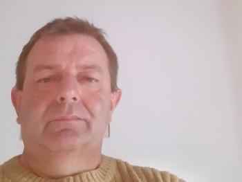 László Bálint 46 éves társkereső profilképe