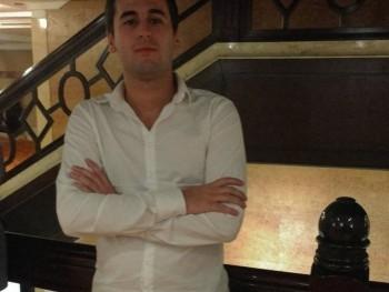 robert72 46 éves társkereső profilképe