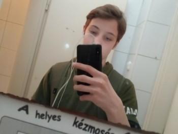 Balázskaa 17 éves társkereső profilképe