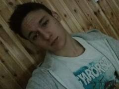 Ruff Antal - 18 éves társkereső fotója
