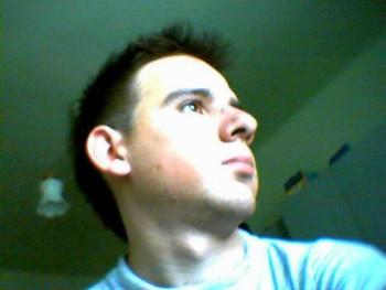 Alonso 35 éves társkereső profilképe