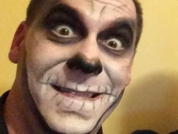 Benga 44 éves társkereső profilképe