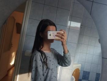zita0916h 18 éves társkereső profilképe