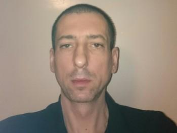 Jozsi082 38 éves társkereső profilképe