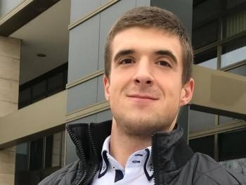 maksi777 28 éves társkereső profilképe