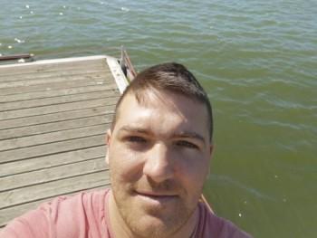 Szebi90 29 éves társkereső profilképe