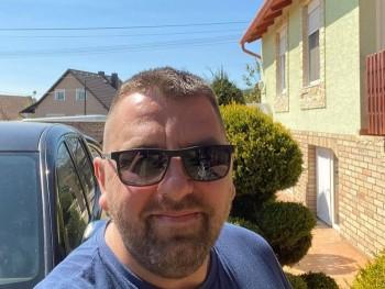 Bélaaa 40 éves társkereső profilképe