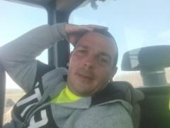 Tibor1989 - 31 éves társkereső fotója