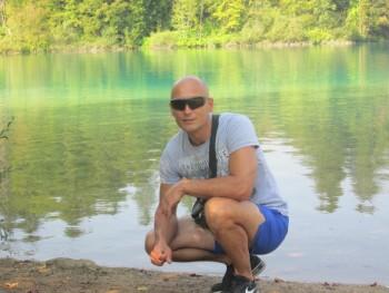 Pelton 39 éves társkereső profilképe