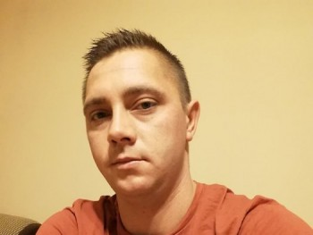 brezs 30 éves társkereső profilképe
