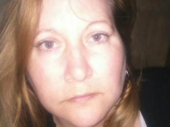hoxana 38 éves társkereső profilképe