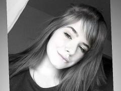 suicidegirl - 17 éves társkereső fotója