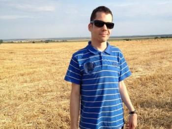 szabobenji 31 éves társkereső profilképe