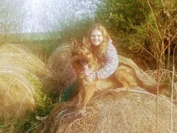 Összetört Szív 25 éves társkereső profilképe